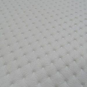 punto lyukacsos hatású fehér műbőr